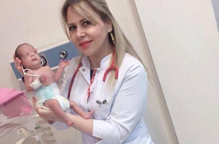 """""""Bənövşəyi körpələr: Əlimi buraxmayın..."""" -  Həkim yazısı"""