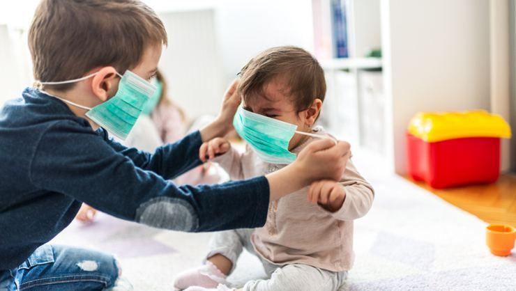 Uşaqlarda koronavirus yüngül simptomlarla biruzə verir -  TƏBİB