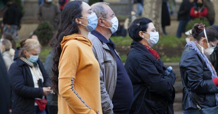 Gürcüstanda yoluxma sayı 2 mini ötdü:  26 ölü