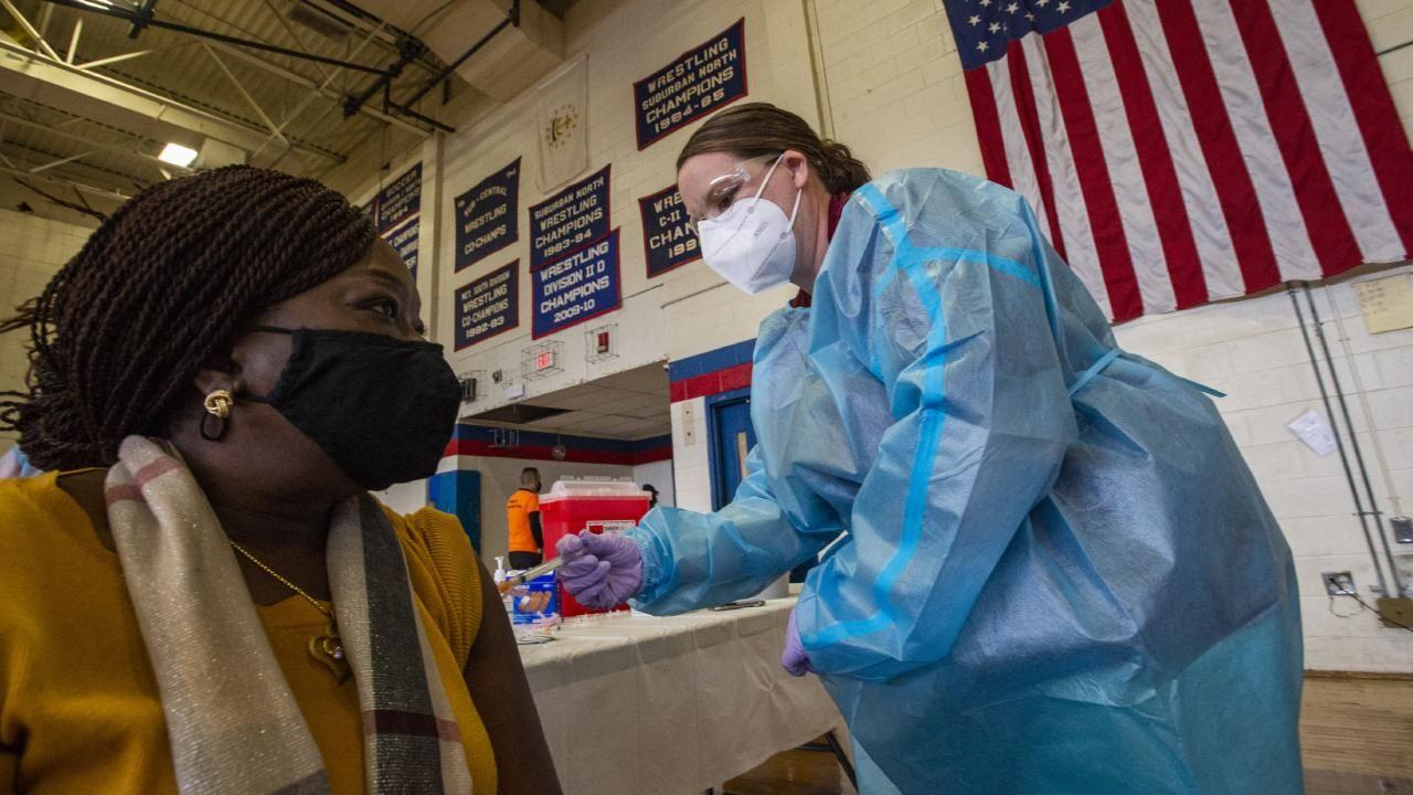 ABŞ-da 3-cü doz vaksinasiya çağırışı edildi