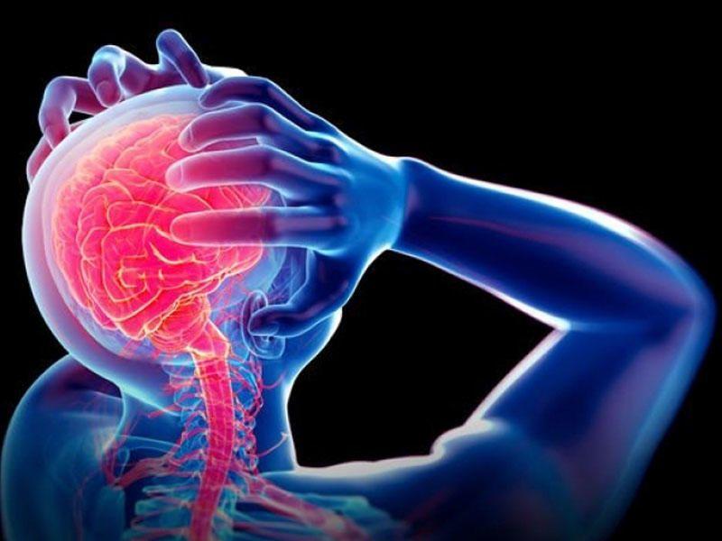Beyin silkələnməsinin simptomları -  Nevroloqdan