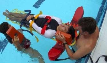 Suda boğulma zamanı ilk tibbi yardım –  Xilas yolları / VİDEO