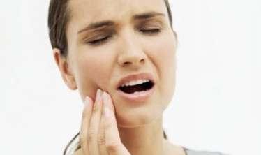 Diş ağrı zamanı ilk tibbi yardım