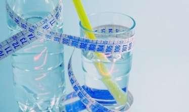 Pəhriz zamanı su içməməyin fəsadları -  Bağırsaq sisteminiz pozula bilər