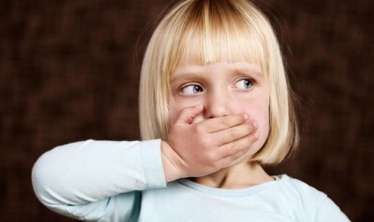 - Simptomlar, müalicə üsulları və davranış qaydaları Autizm sindromunun müalicəsi mümkündür