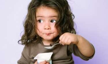 2 yaşa kimi uşaqlara şirin yoğurt və şirələr verməyin –  ALİMLƏR