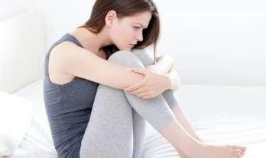 Bir qadının hormonal pozğunluğunun 10 əsas əlaməti