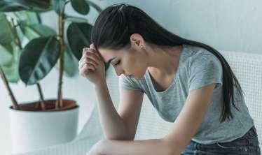 Depressiyada olduğunuzu göstərən 8 əlamət   - Özünü xlas et