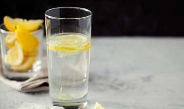 Hər səhər limonlu su içdikdə nə olur?